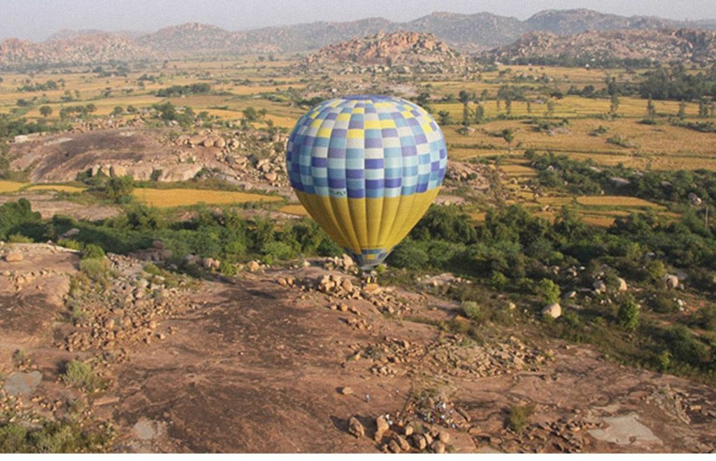 hot air ballooning spots in India