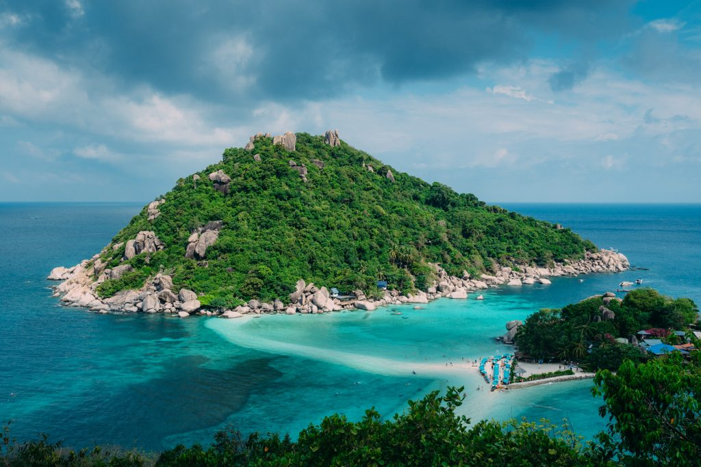 best spots for beginner scuba divers in Thailand