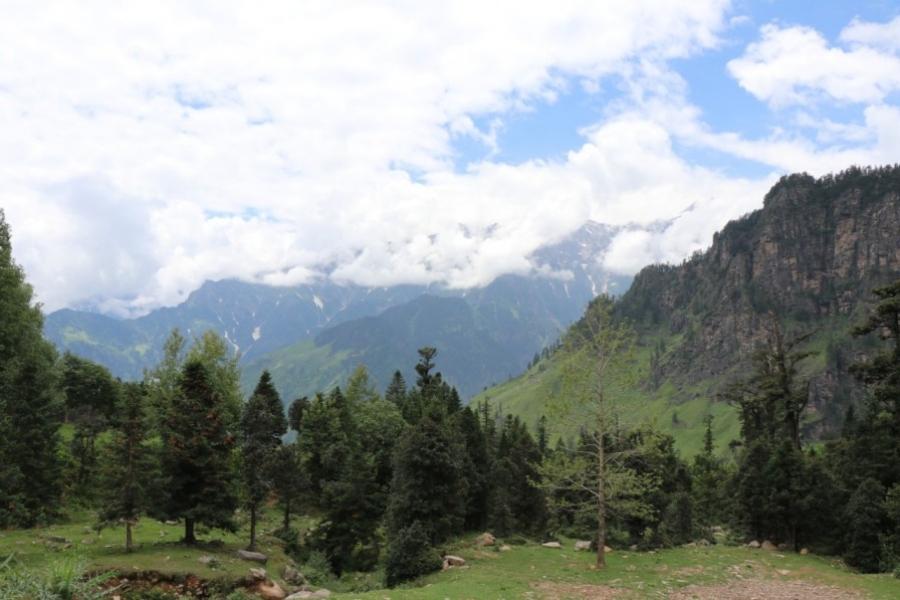 Borasu Pass trek