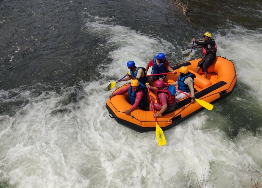 Enjoy the new exciting experience of Karjat river rafting