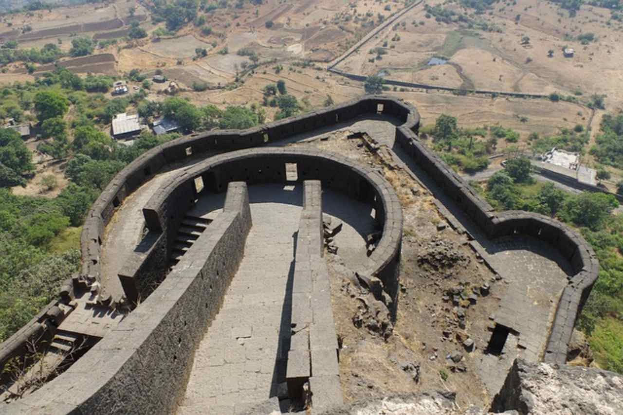 A winding rampart wall of a fort.