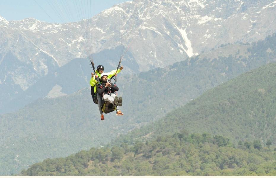 High Tandem Paragliding in Bir Billing