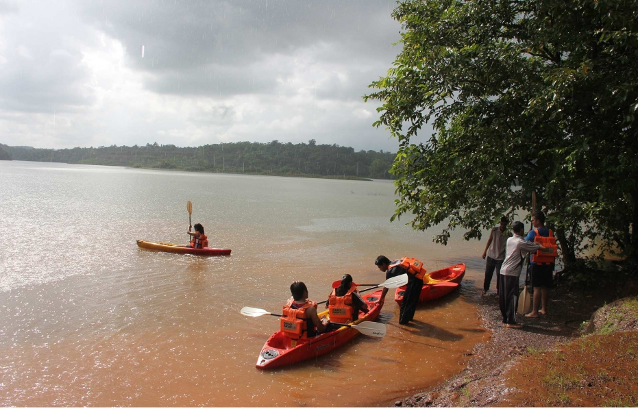 Weekday Rafting with AC Luxury Tent Stay