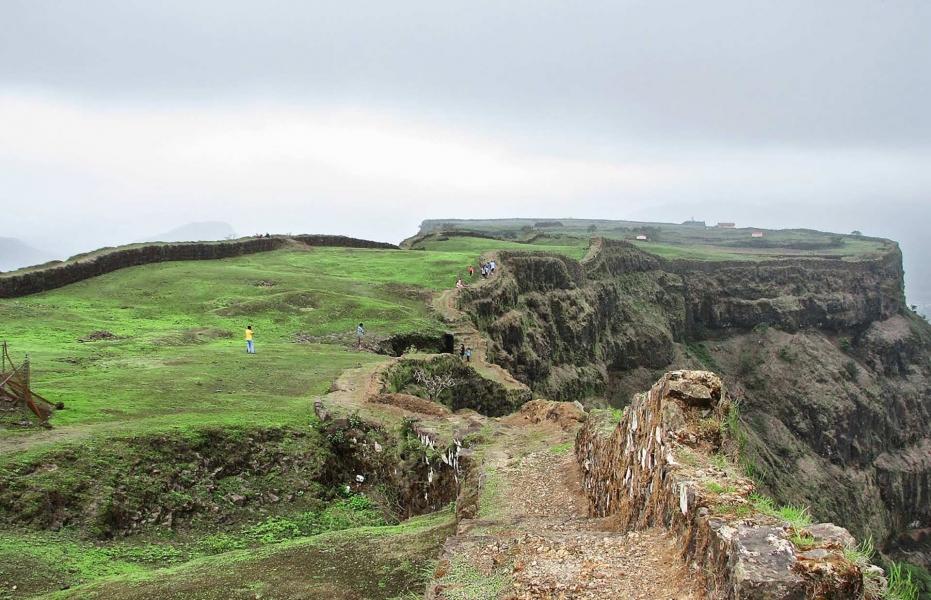 Trek to Visapur Fort