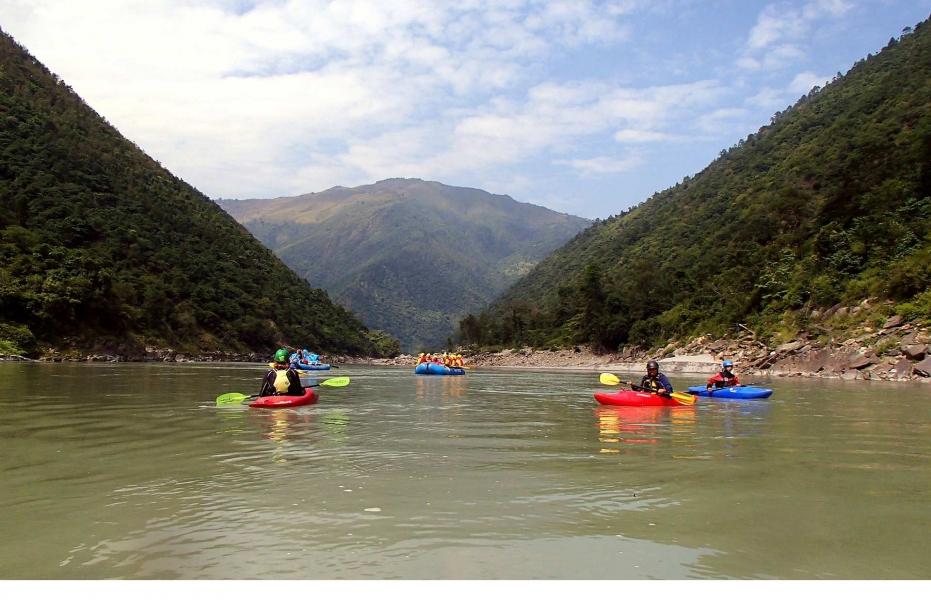 Beginner's kayaking course in Rishikesh