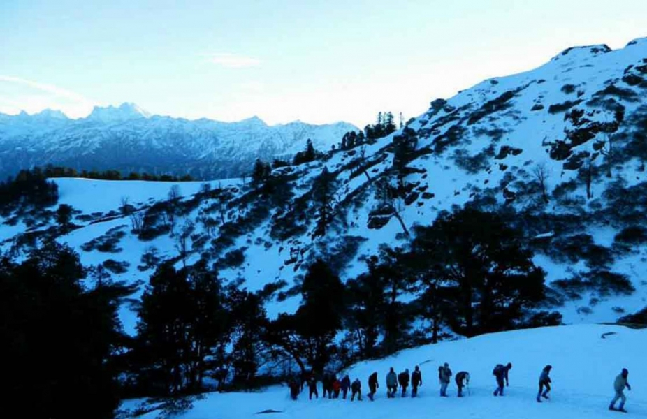 Snow trek to Kedarkantha