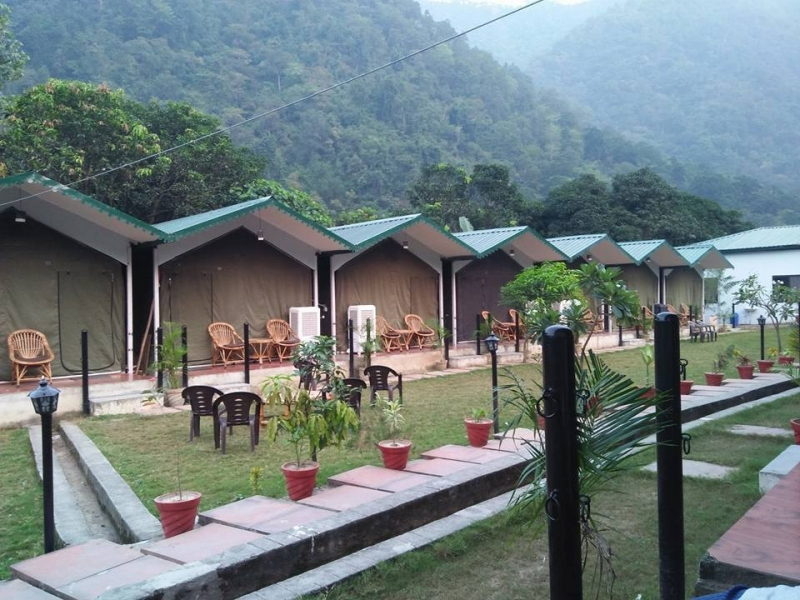 Rishikesh rafting with Swiss tent stay