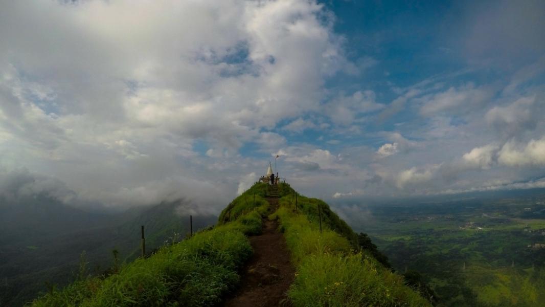 Trek to Vikatgad Fort