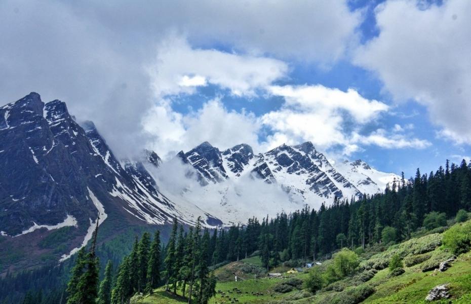 Sar Pass Trek in Himachal Pradesh