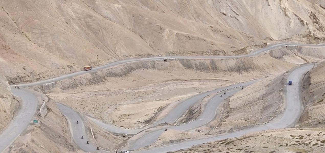 Leh-Nubra Valley-Hanle-Leh motorbiking (8 days)