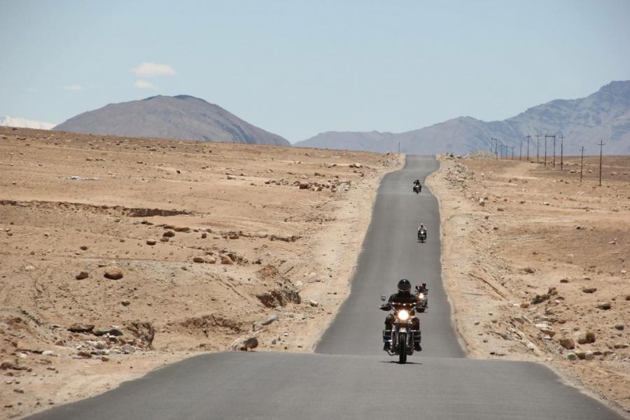 Manali-Leh-Nubra Valley-Hanle-Leh motorbiking (10 days)