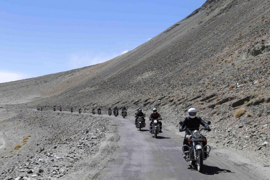 Manali-Leh-Nubra Valley-Hanle-Srinagar motorbiking (11 days)