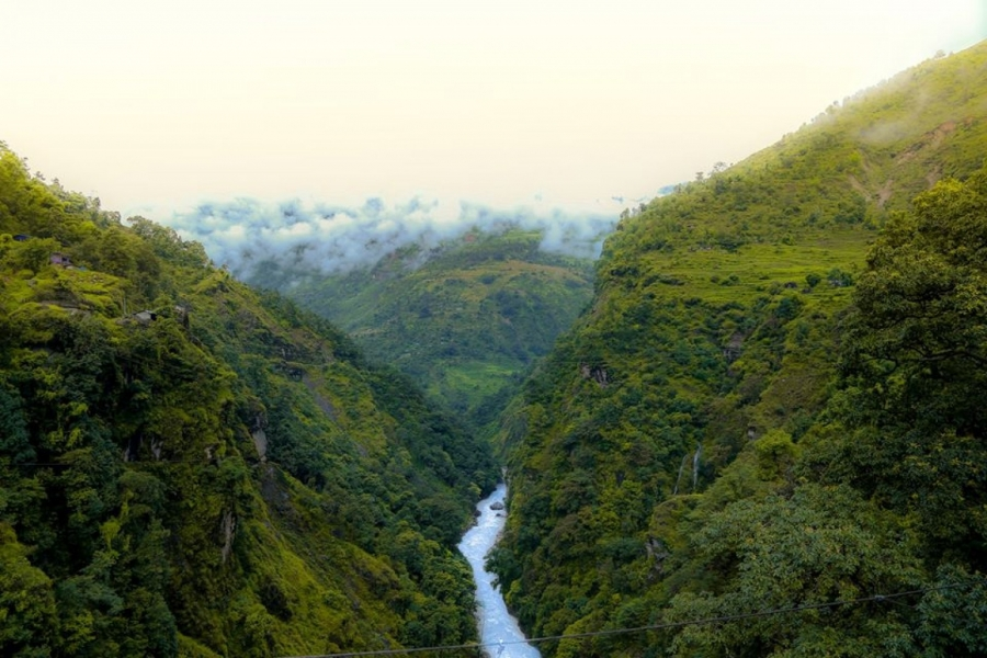 Camping + Canyoning in Nepal