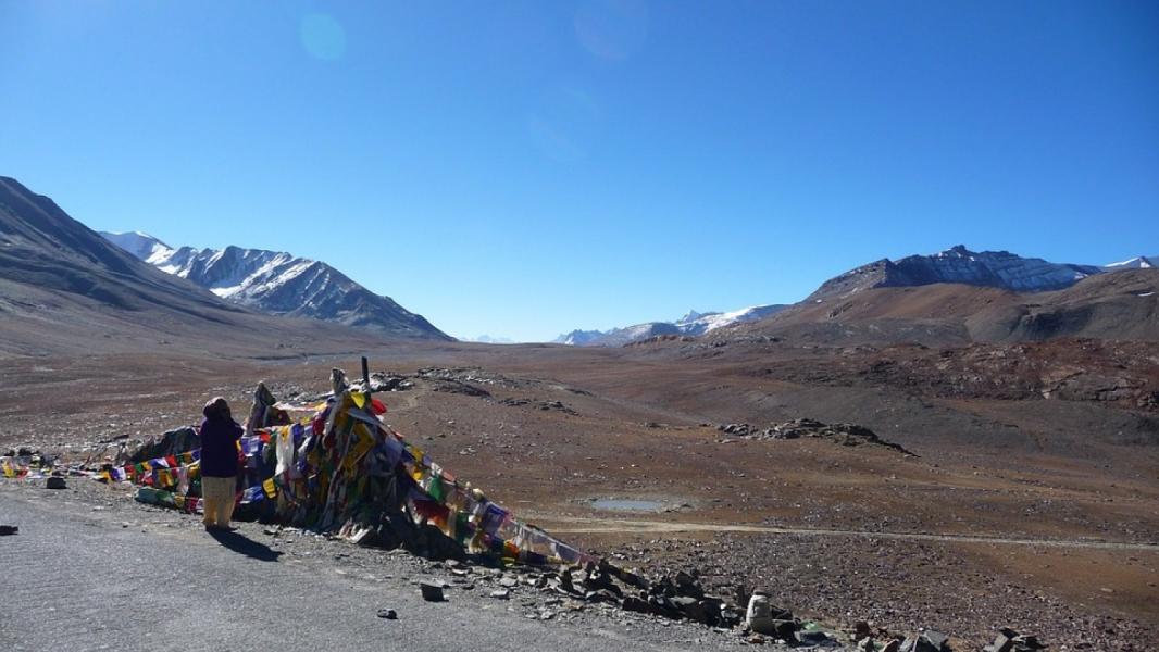 11-day Ladakh Road Trip (Manali to Srinagar)