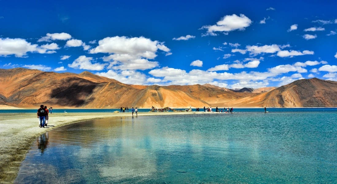 12-day Ladakh Road Trip (with Gulmarg and Turtuk)