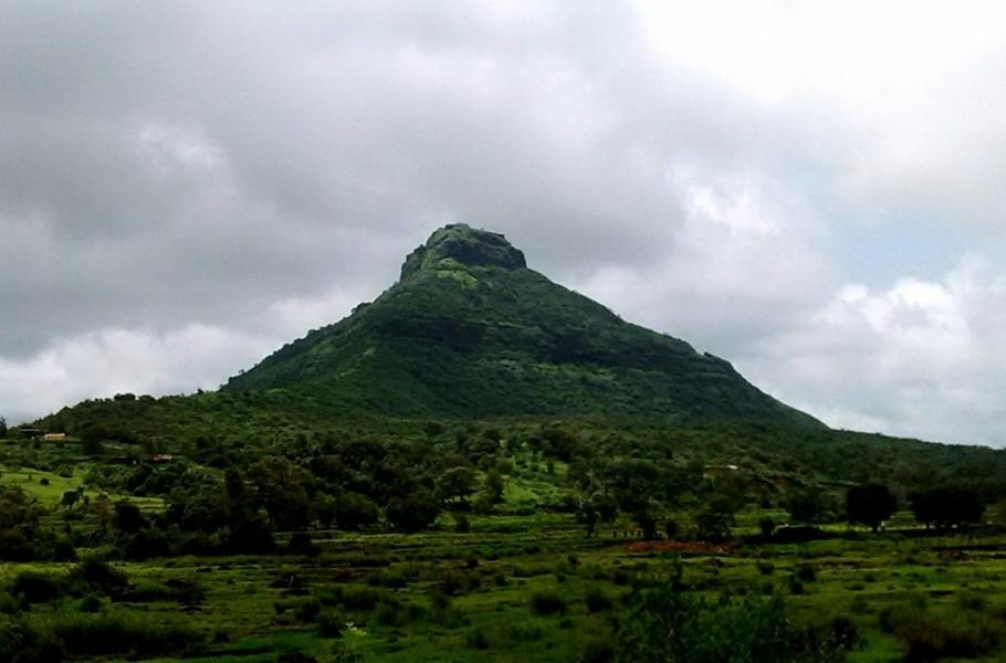 Monsoon Trek to Tikona Fort