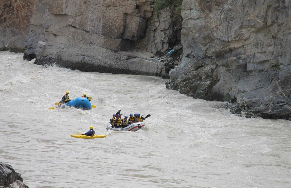 Rafting from Karu to Choglamsar on the Indus river