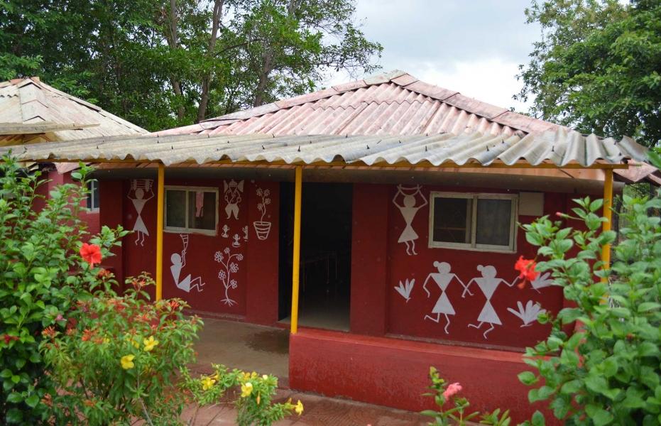 Weekday on the Kundalika-Warli Cottage