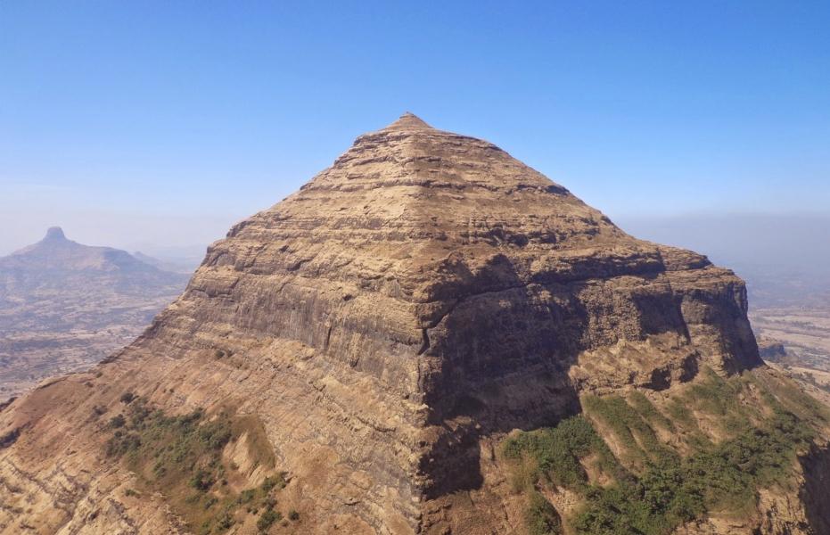 Trek to Salher-Salhota-MulherMora-Hargad