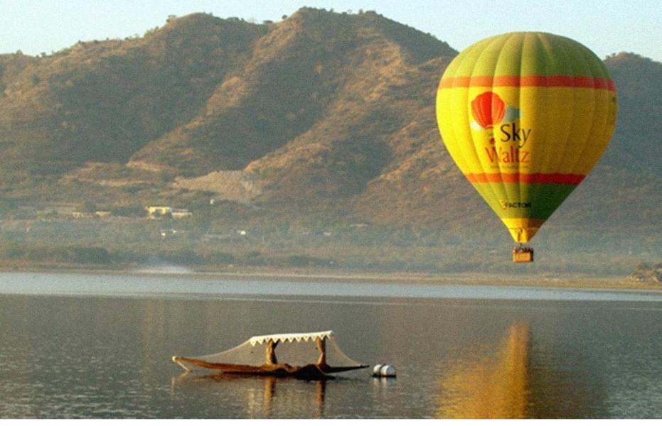 Hot air ballooning in Udaipur