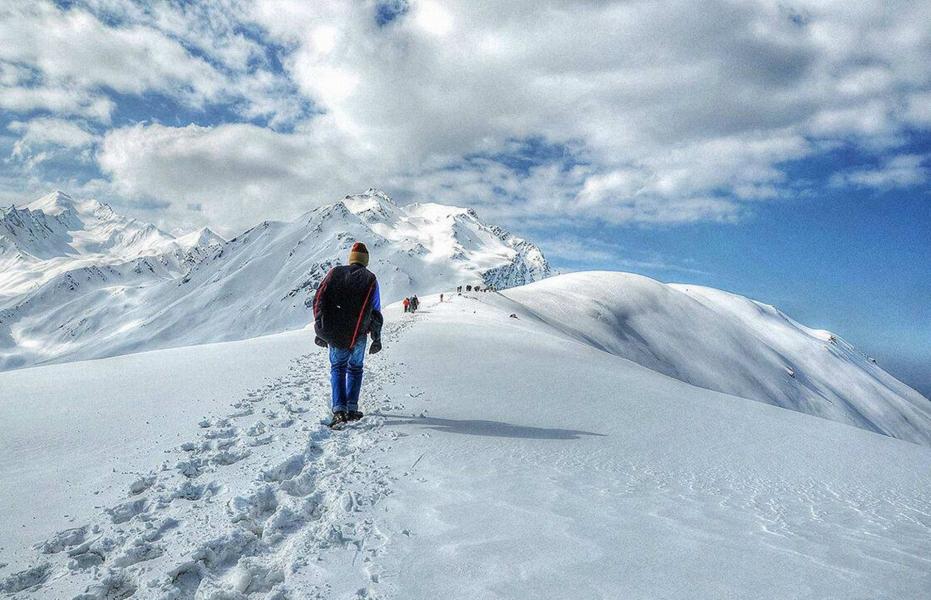 Sar Pass trek (6 days)
