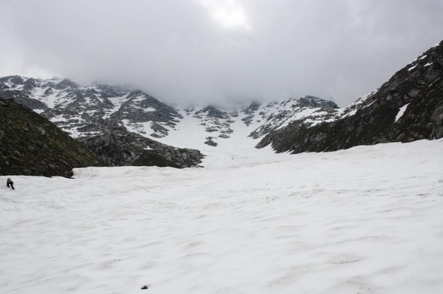 Kids' camp challenge: Snow trek (ex Delhi)