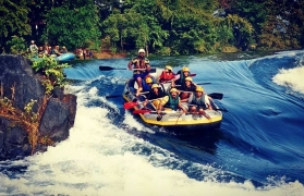 Weekend Rafting with Lunch+Shower