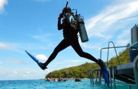 Discover Scuba Diving At Phuket