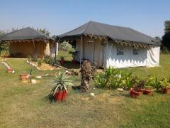 Damdama camp near Delhi (1n2d)