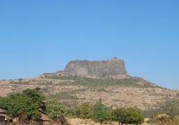 Night trek to Harihar Fort