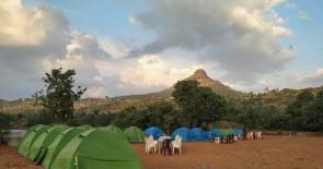 Pavna Lakeside Camping