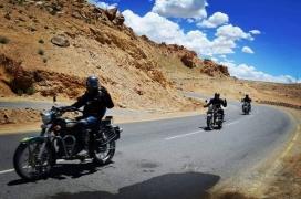 Delhi-Srinagar-Batalik-Leh-Manali-Delhi motorbiking (15 days)