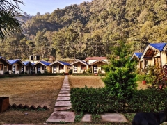 Rishikesh adventure trip with non-AC cottage stay