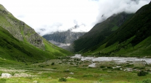 8-day trek to Valley of Flowers