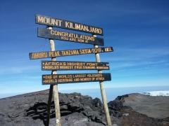 Trek to Kilimanjaro (Machame 7 days route)