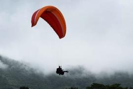 Tandem Paragliding in Bhimtal, Uttarakhand