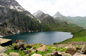 The Great Lakes Trek