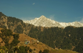 Snow Trek to Triund