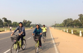 Cycling tour through New Delhi