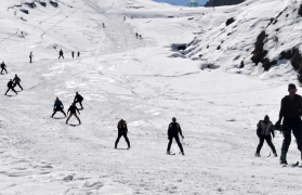Snow activities in Auli (2 nights/3 days)