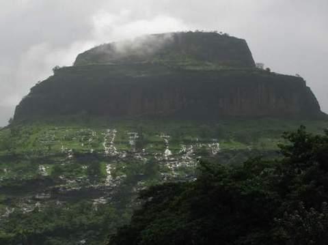 Sarasgad Fort Trekking Adventure Nature Maharashtra Sahyadris