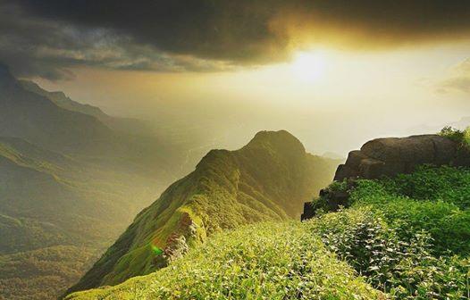 Ratangad Fort Trek Maharashtra Monsoon Trekking Adventure Travel Mountains Nature