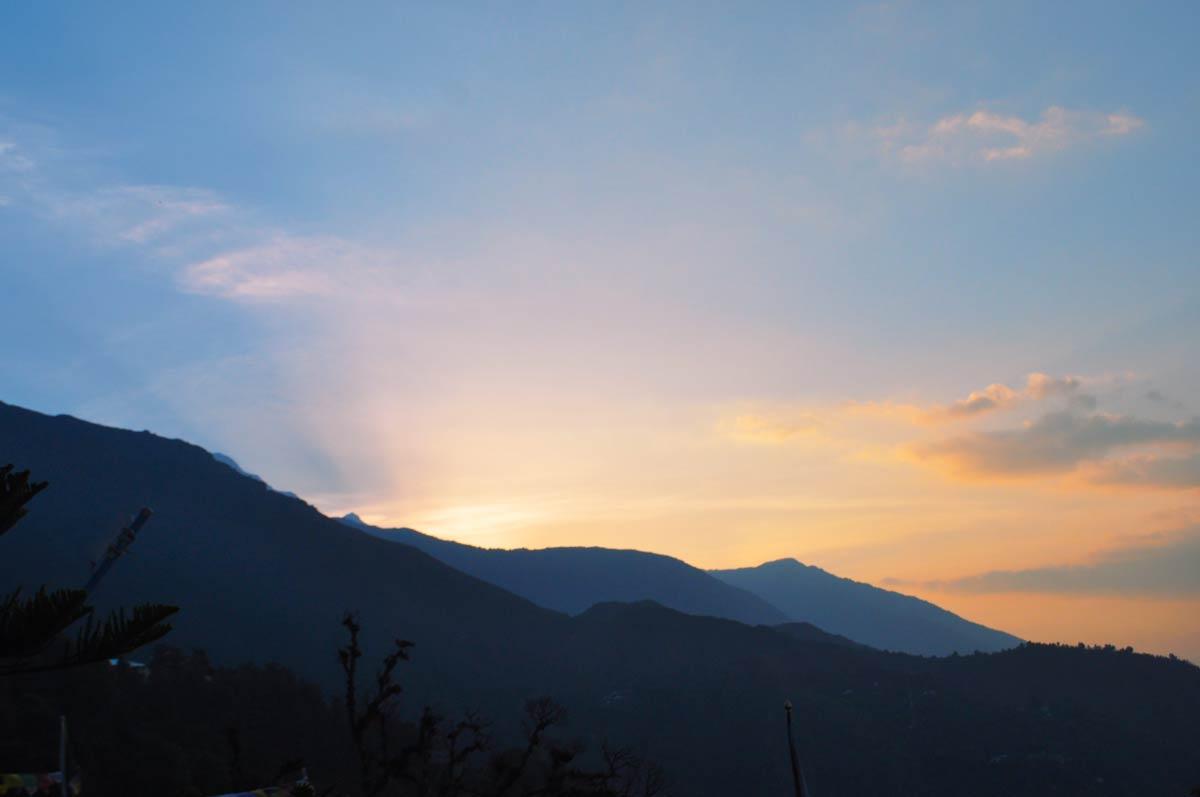 Trekking Indrahar Pass Mc Leodganj Dharamshala Uttarakhand Himalayas