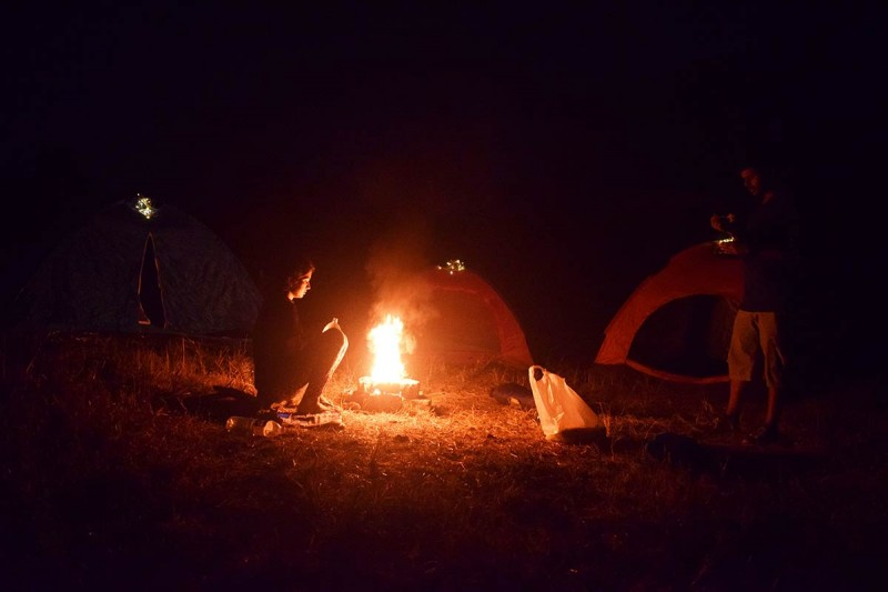 Camping Lakeside Camping Vasundri Titwala Bonfire Sahyadris The Great Next