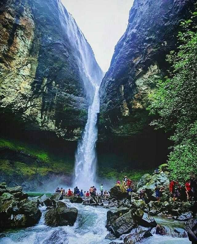 Devkund Waterfall Lake Trekking Maharastra Mumbai The Great Next