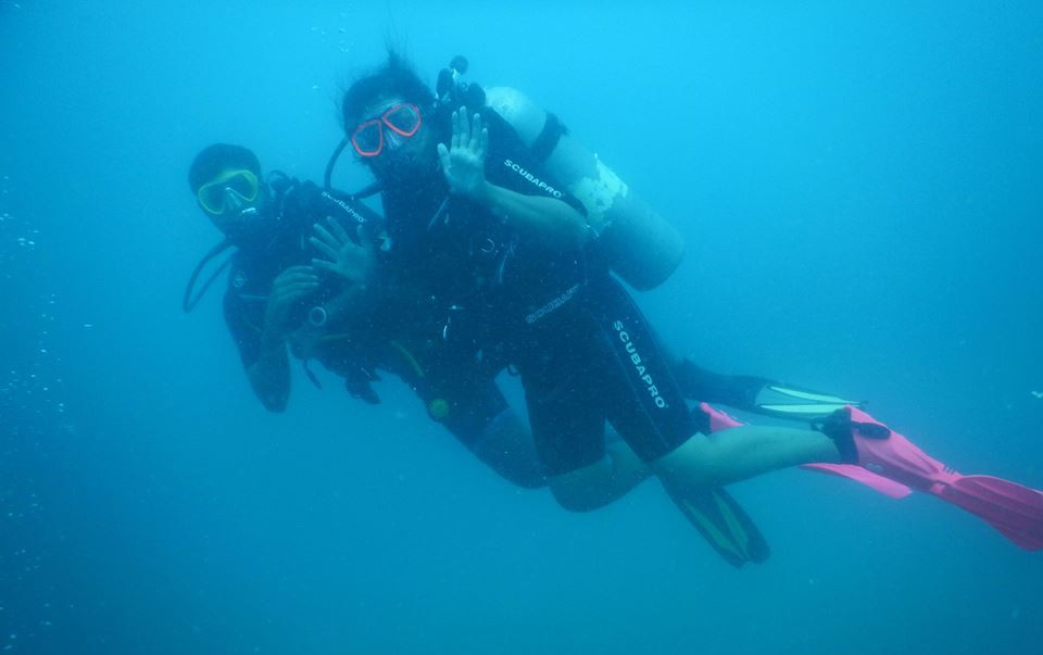 Couples Private Dive Scuba Diving Pondicherry Discover Scuba Ocean Adventure The Great Next