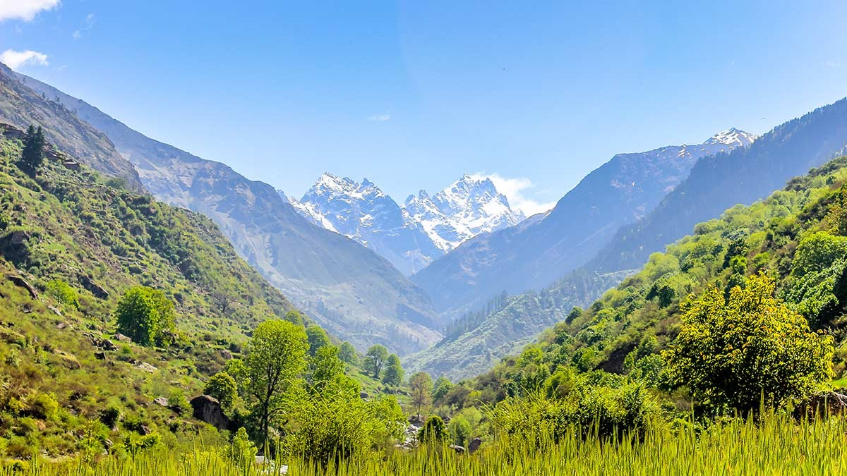 Har Ki Dun Ruinsara Lake Trekking Uttarakhand Himalayas The Great Next