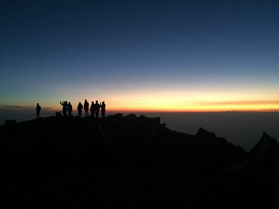 Triund Trekking Himachal Pradesh Adventure Travel The Great Next