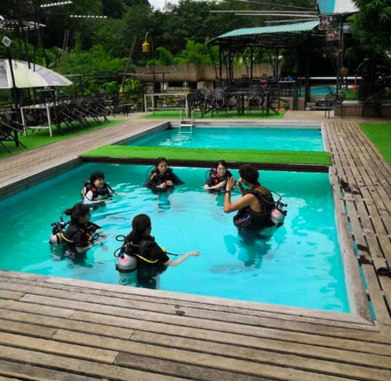 PADI Open Water Diver course in Koh Phi Phi Thailand Water Sports Adventure Travel